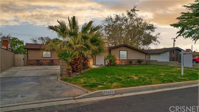 43647 Fig Avenue, Lancaster, CA 93534