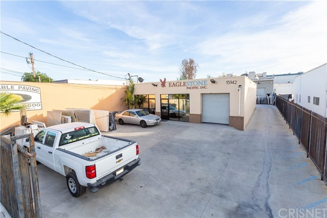 15942 Arminta Street, Van Nuys, CA 91406