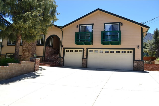2608 Arbor Drive, Pine Mtn Club, CA 93225