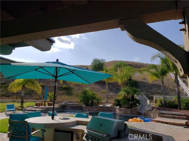 30015 Valley Glen St, Castaic, CA 91384 Photo 12