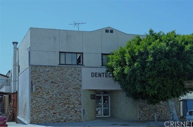 This building is adjacent to Beverly Hills. The property, features major street frontage, flexible floor plans, 17 separate offices, 100% ceramic tile floor, 14 car parking and, 2 reception areas. The property is currently used as dental labs. In addition, there are distributed power and airlines, retail potential at La Cienega and Pico, 480 V power. The frame/stucco building also contains 2 small warehouse areas. This property is centrally located in Downtown Los Angeles, Hollywood, Beverly Hills, Downtown Culver City, and Santa Monica.  Close to major fwys, transportation, and employers such as Kaiser Permanente, USC, LAX, and Downtown Financial District. Built-in 1947, the property sits on a 6,811 sf of land with 7,013 sf