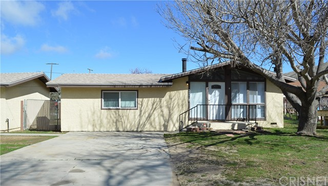 14349 Chiptree Road, Lake Hughes, CA 93532