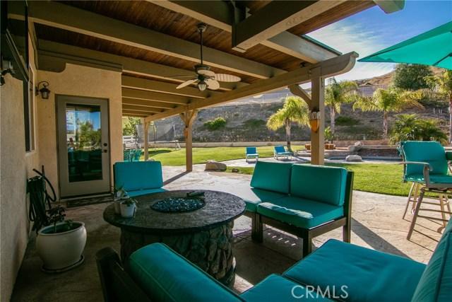 30015 Valley Glen St, Castaic, CA 91384 Photo 48