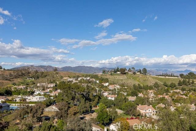 17945 Ridgeway Road, Granada Hills, CA 91344