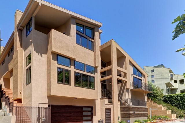 6439 Deep Dell Place, Hollywood Hills East, CA 90068