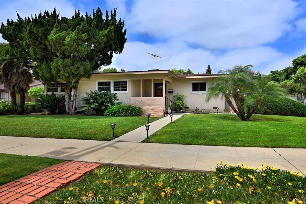 Photo of 10955 GERALD AVENUE, Granada Hills, CA 91344