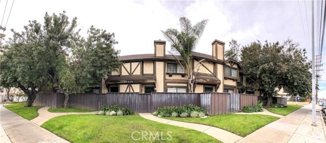 14924 Nordhoff Street 4, North Hills, CA 91343