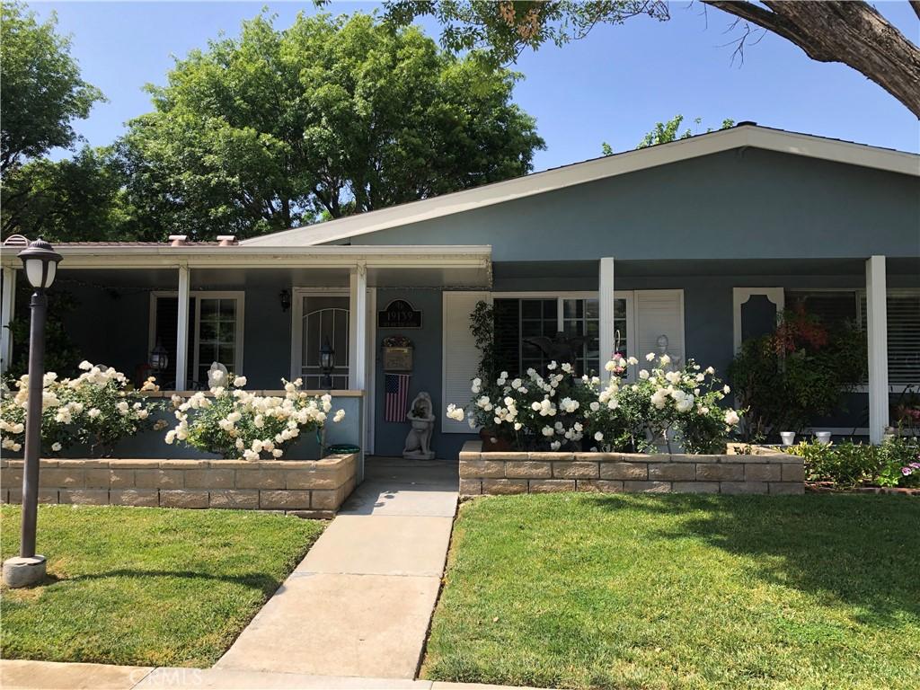 19139     Avenue Of The Oaks     B, Newhall CA 91321