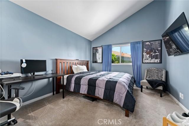 21. 15025 Portofino Lane #10 North Hills, CA 91343