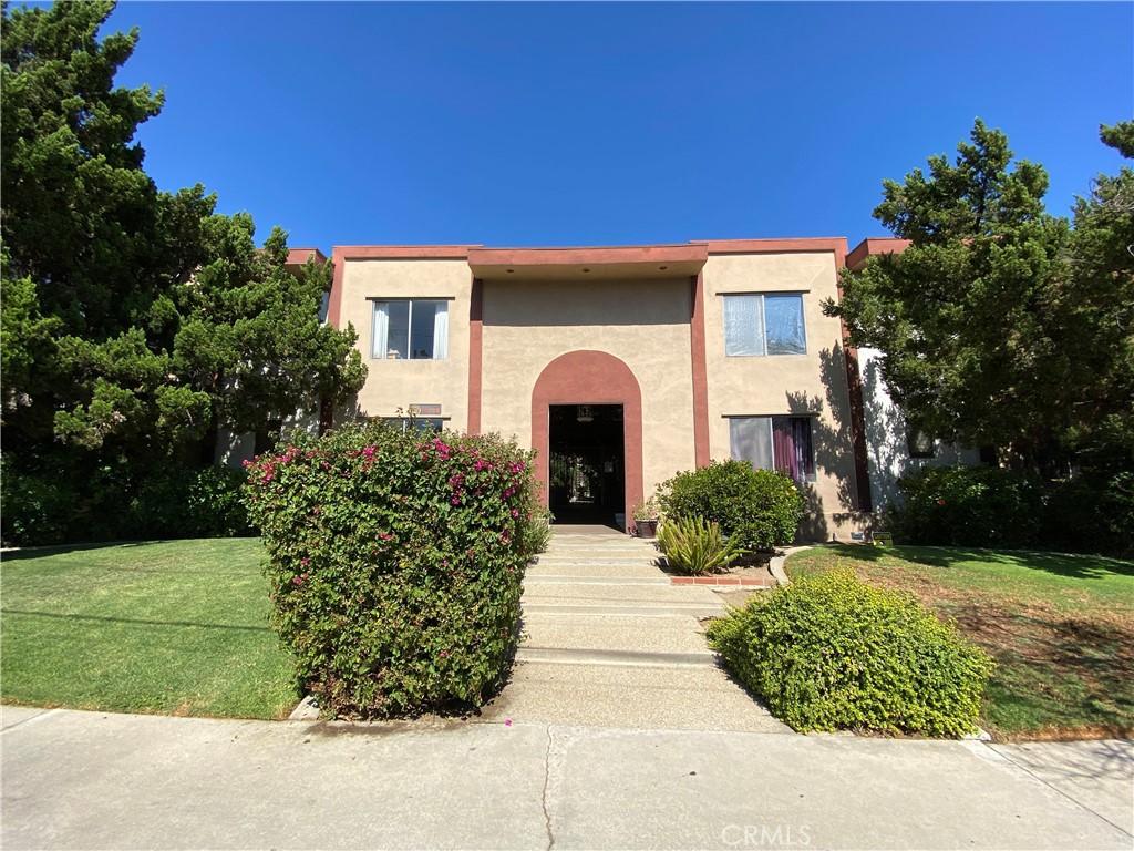 Photo of 18655 Clark Street, Tarzana, CA 91356