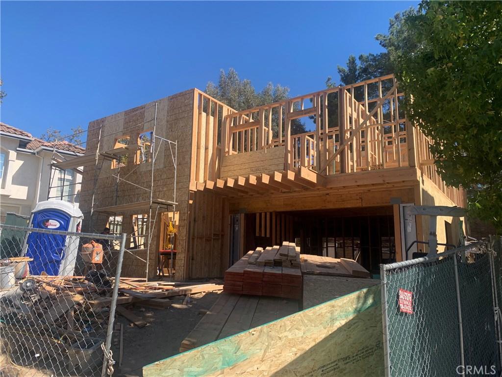 Photo of 580 MYRTLE Court, Oak Park, CA 91377