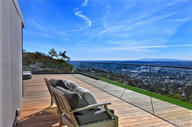 Image 56 of 1807 Blue Heights Dr, Los Angeles, CA 90069