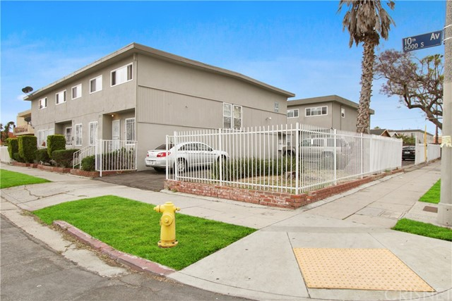 3206 W 60th Street, Los Angeles, CA 90043
