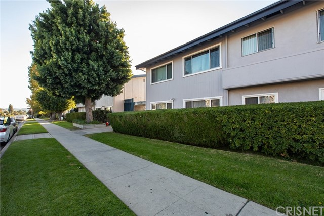 6301 Coldwater Canyon Avenue 25, Valley Glen, CA 91606