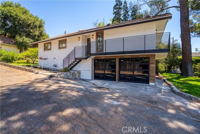 3. 2711 Altura Avenue La Crescenta, CA 91214