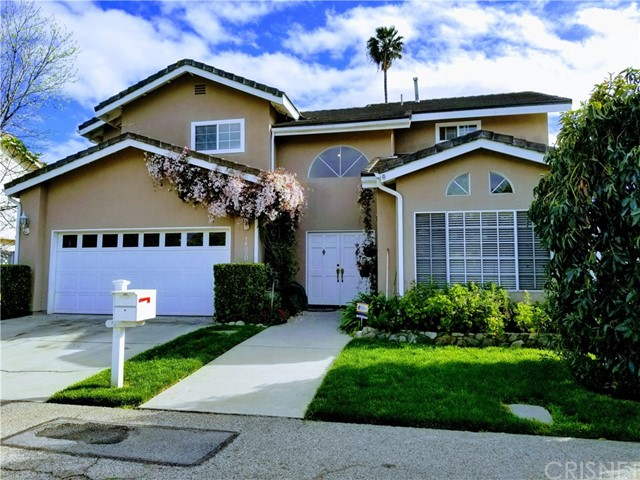 16020 Porter Road, Lake Balboa, CA 91406