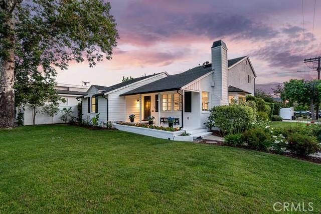 4961 Stern Sherman Oaks, CA 91423