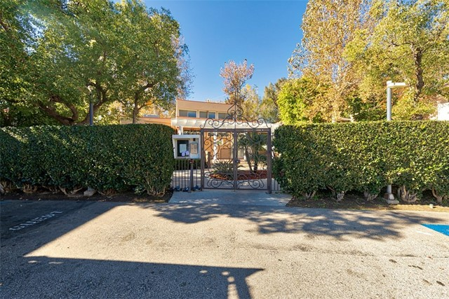 10331 Lindley Avenue 216, Northridge, CA 91326