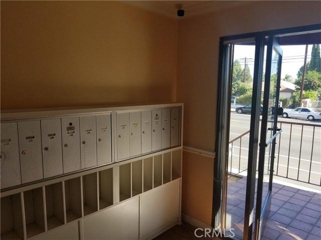 7515 Winnetka Avenue 111, Winnetka, CA 91306