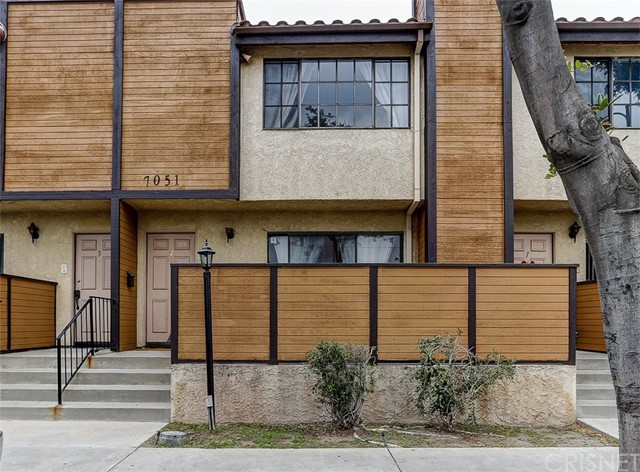 7051 Peach Avenue 2, Van Nuys, CA 91406