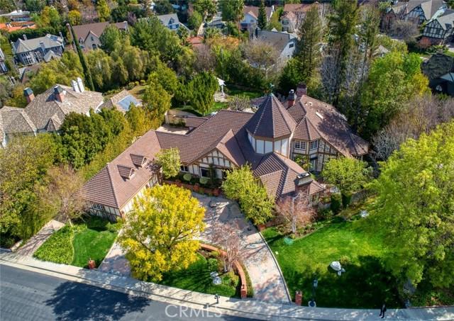 Photo of 4526 Ellenboro Way, Woodland Hills, CA 91364