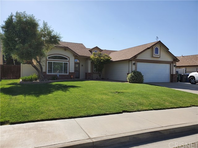 38209 Meadow Wood St, Palmdale, CA 93552 Photo
