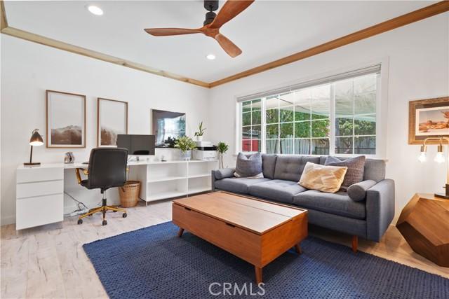 28. 5537 Bevis Avenue Sherman Oaks, CA 91411