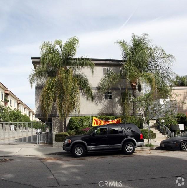 17803 Superior Street, Northridge, CA 91325