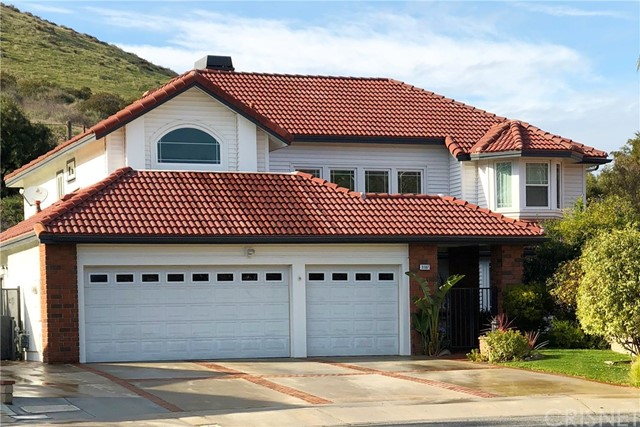 3187 Pawnee Court, Simi Valley, CA 93063