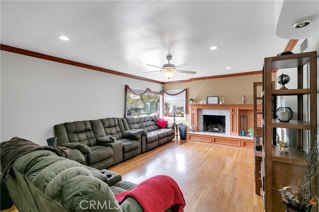 10369 Jimenez St, Lakeview Terrace, CA 91342 Photo 8