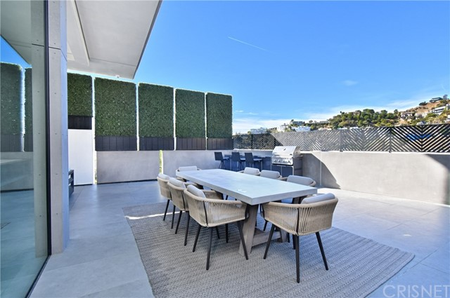 Image 23 of 1807 Blue Heights Dr, Los Angeles, CA 90069