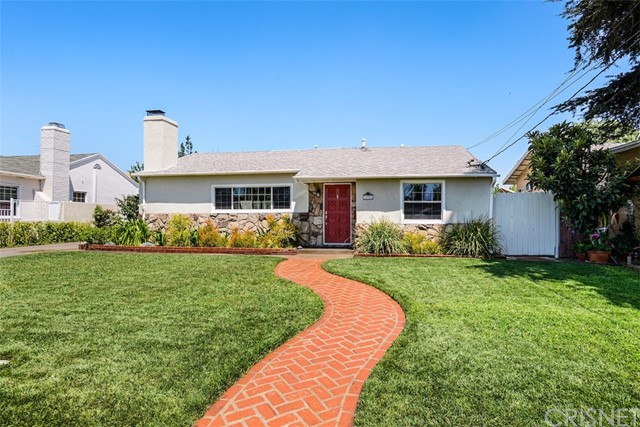 10921 Hamlin Street, North Hollywood, CA 91606