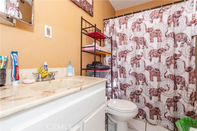 11566 Vanport Av, Lakeview Terrace, CA 91342 Photo 26