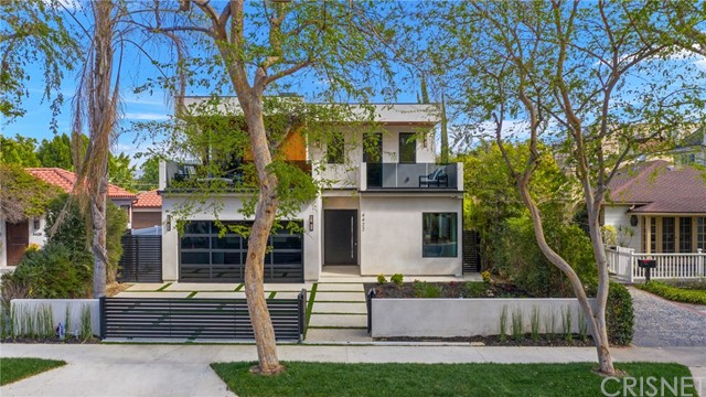 4422 Camellia Avenue, Studio City, CA 91602