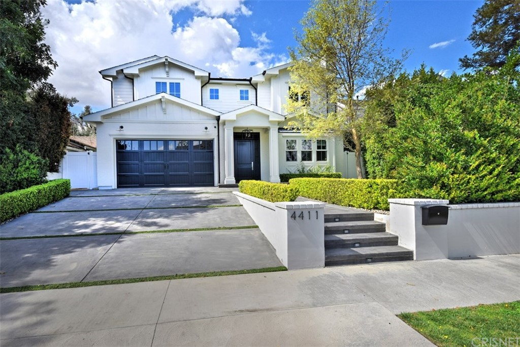 Photo of 4411 PLACIDIA Avenue, Toluca Lake, CA 91602