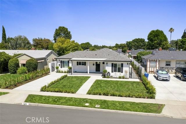 7426 Leescott Avenue, Lake Balboa, CA 91406