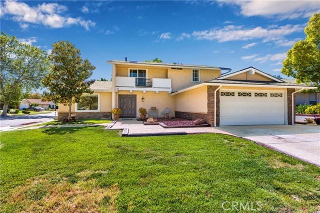 11 Pinewood Avenue, Oak Park, CA 91377