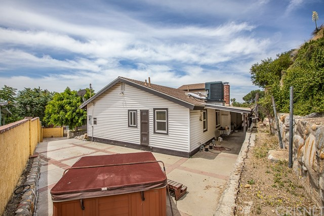 9707 Foothill Bl, Lakeview Terrace, CA 91342 Photo 31