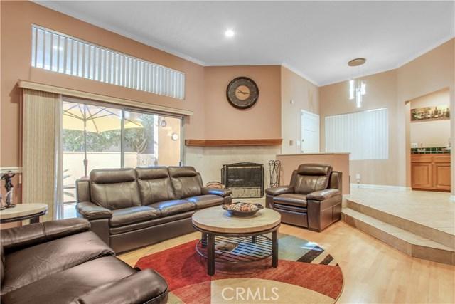 18730 Hatteras Street 40, Tarzana, CA 91356