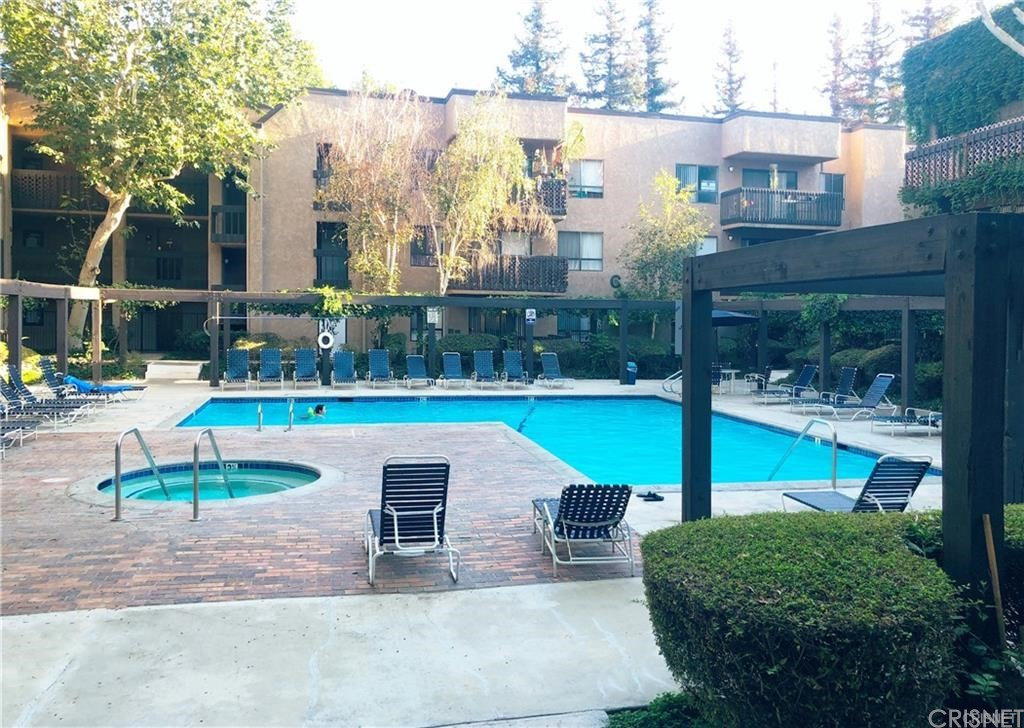 Photo of 22100 WEST BURBANK #306A, Woodland Hills, CA 91367
