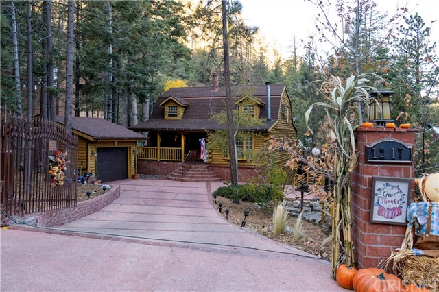 1217 Azalea Drive, Pine Mtn Club, CA 93222