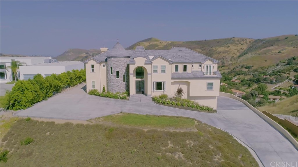 Photo of 76 SADDLEBOW ROAD, Bell Canyon, CA 91307