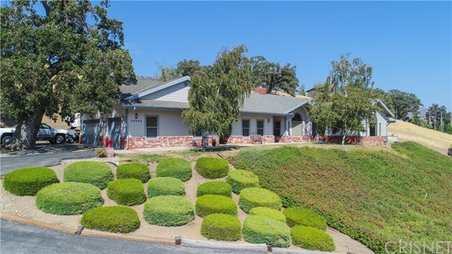 24200 Deertrail Drive, Bear Valley Springs, CA 93561