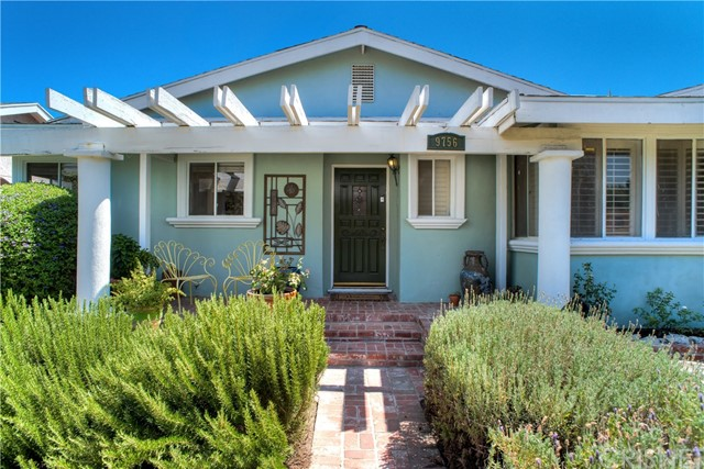 9756 Haskell Avenue, North Hills, CA 91343
