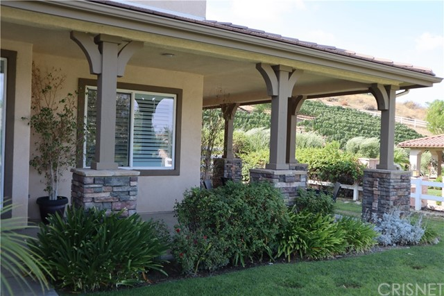 30015 Valley Glen St, Castaic, CA 91384 Photo 1