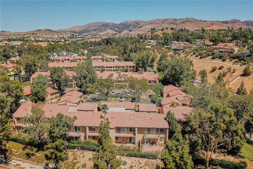 19505     Rinaldi Street   63, Porter Ranch CA 91326