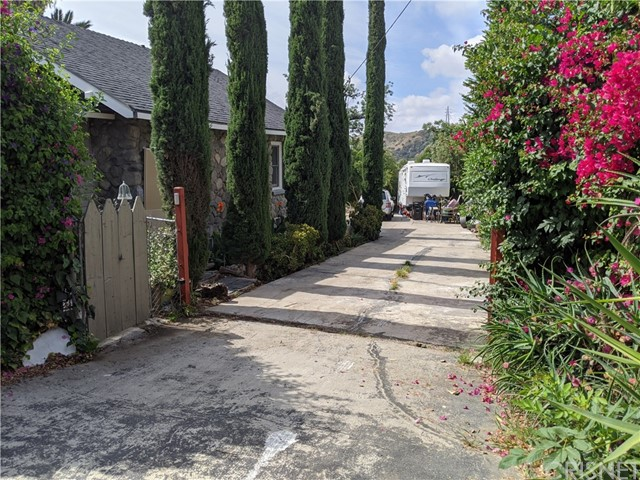 10602 Foothill Bl, Lakeview Terrace, CA 91342 Photo 47