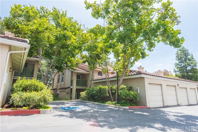 528 Water Oak Lane H, Oak Park, CA 91377