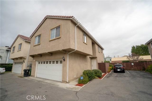 9125 Noble Avenue 107, North Hills, CA 91343