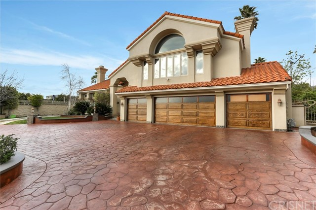 19665 Nashville Street, Chatsworth, CA 91311
